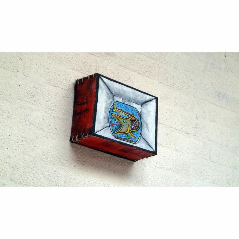 BOX (01) 'FISHBOWL'